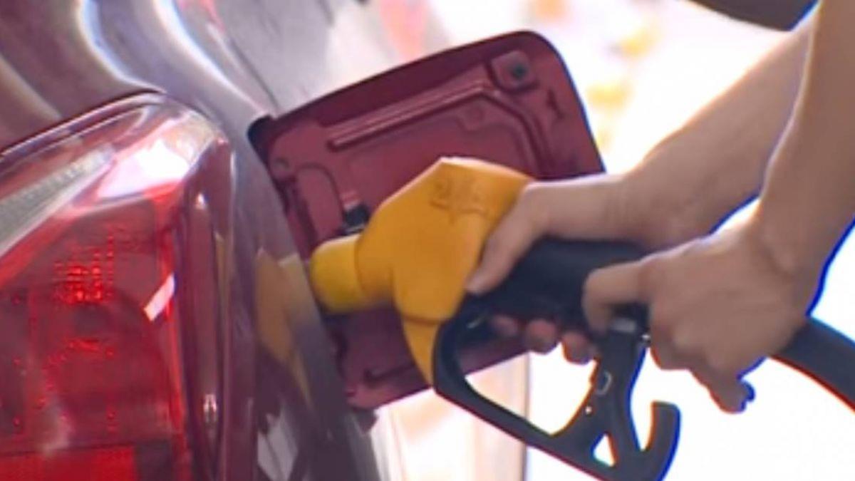 中油:凍漲不回補 油價該跌照跌