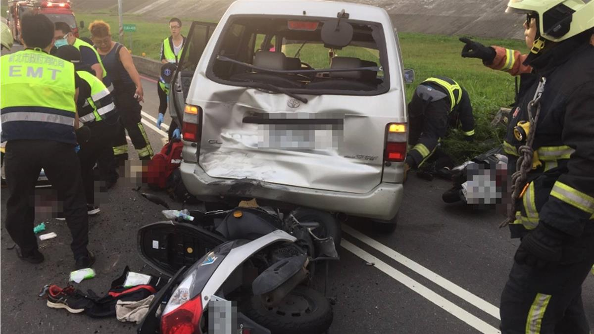 新莊堤外道路5車追撞!1男命危急送醫搶救