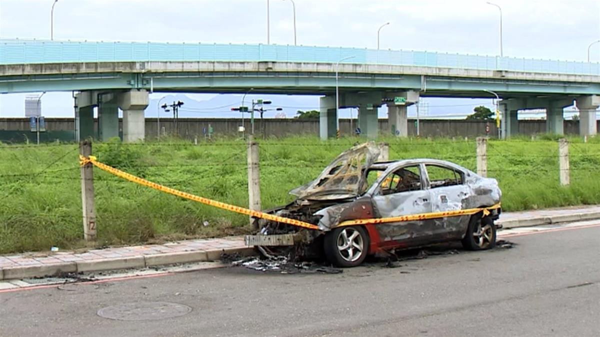 車主停車離開後陷火海 愛車燒成廢鐵