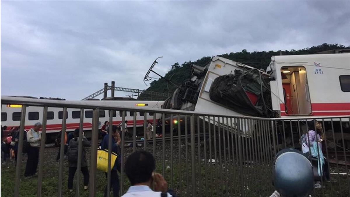 普悠瑪列車事故  司機赴宜檢接受問訊