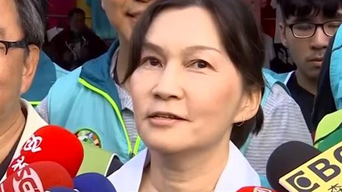 選戰倒數「夫人牌」 陳其邁牽手吳虹 市場拜票