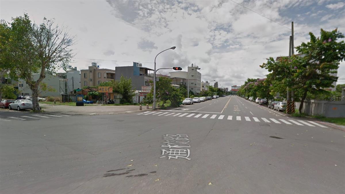 岡山施工挖破瓦斯管線 消防局急灑水管制