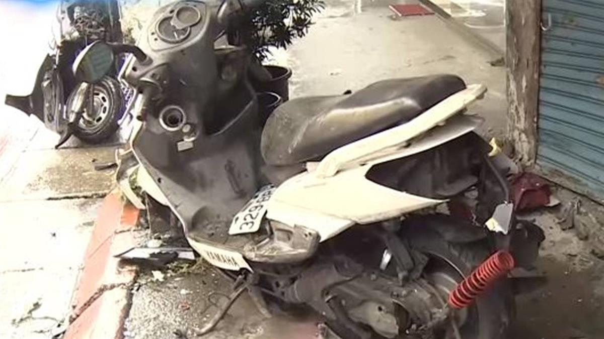 雨天搶快?轎車撞飛機車 失控撞進騎樓釀2傷