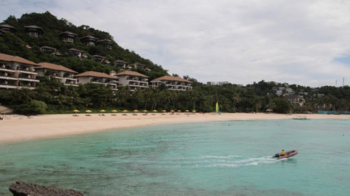 菲律賓長灘島開放部分水上活動 景點增加