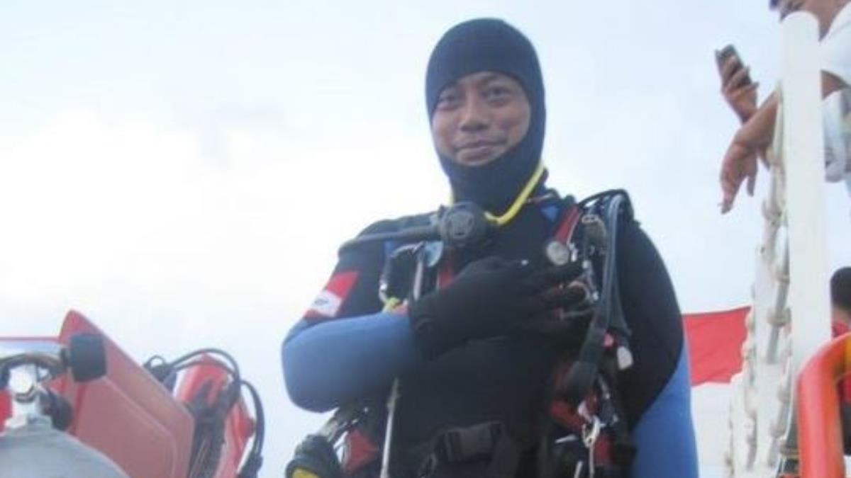 獅航失事客機搜尋行動 1名潛水志工喪命