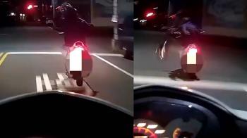 惡匪尻大絕!安全帽砸警逃逸 正義駕駛這款逼車很可以