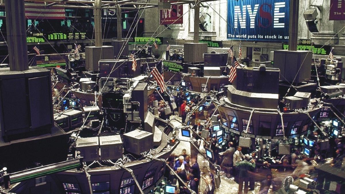美期中選舉落幕帶動美股 道瓊暴漲逾500點