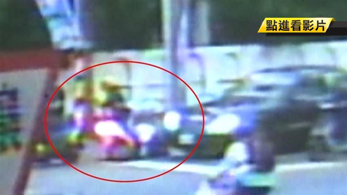 女騎士停紅燈…突被撞屁股!雙B駕駛當街飆罵