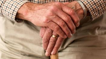 自覺比生理年齡還年輕 荷蘭69歲男想改成49歲