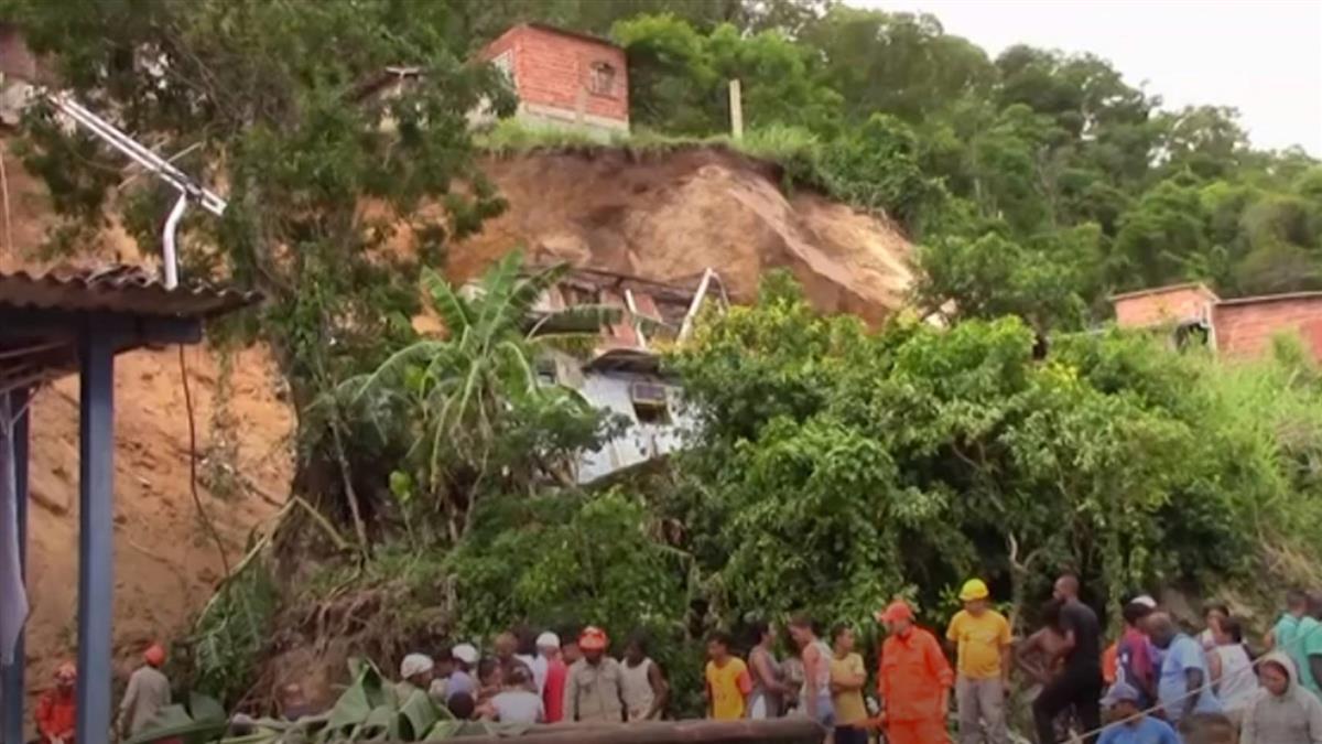 巴西里約尼特洛伊土石流  至少10死