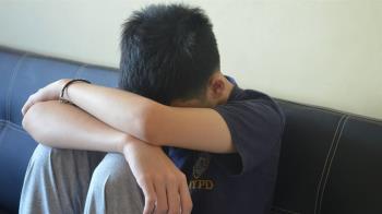 痛毆80分鐘!14歲國中生遭4同學霸凌…15樓墜下身亡