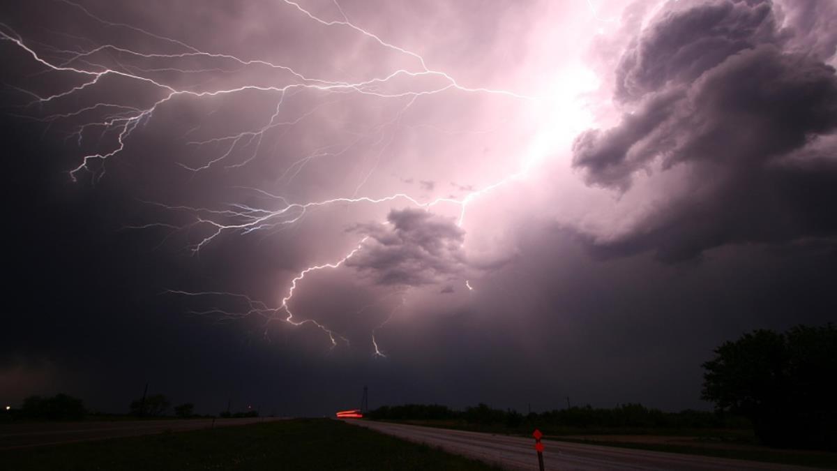 颶風降雨量增加 研究:氣候變遷釀禍