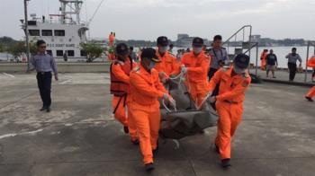 駕膠筏出海作業 台南漁民夫婦疑落海溺斃