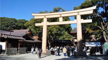 東京明治神宮驚傳火災!燒毀一棟倉庫