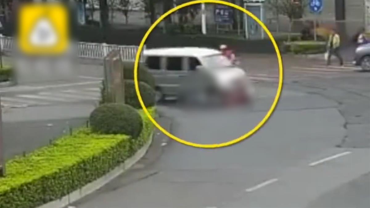 驚悚!單車女遭撞飛捲入車底 駕駛前後3次輾壓肇逃