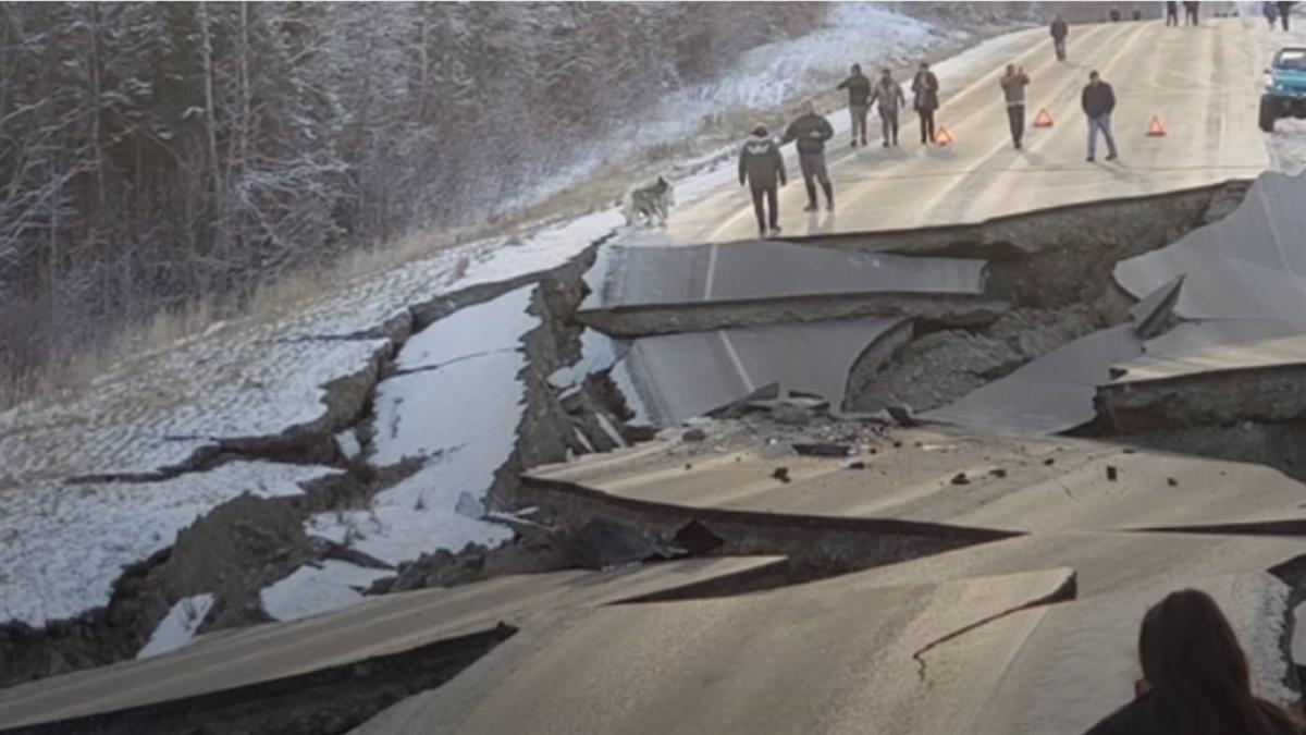 阿拉斯加地震規模上修7.0
