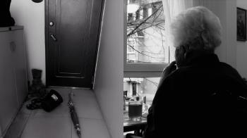 獨居姨失蹤3天…門把怪異下垂!她雞婆找房東 結局暖炸