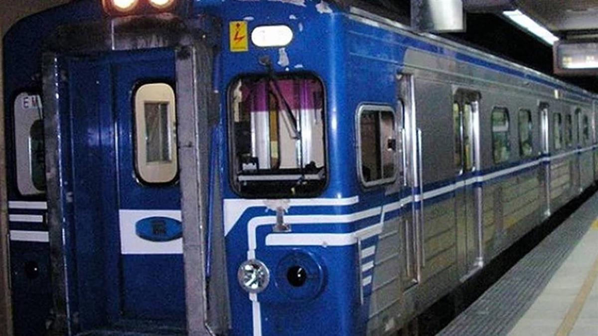 台鐵汐止到基隆電車線沒電!多班列車延誤