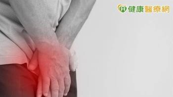 暢飲後「命根子」爆痛!醫驚揭慢性攝護腺炎
