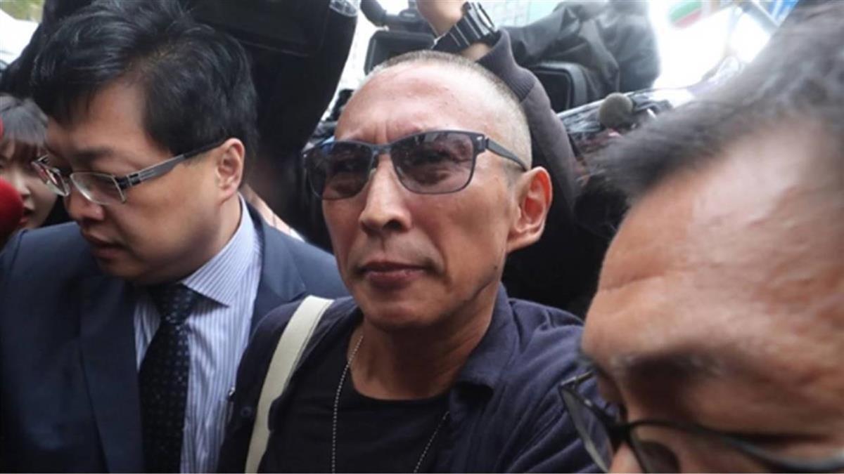 鈕承澤遭控涉性侵  北檢出庭前不發一語