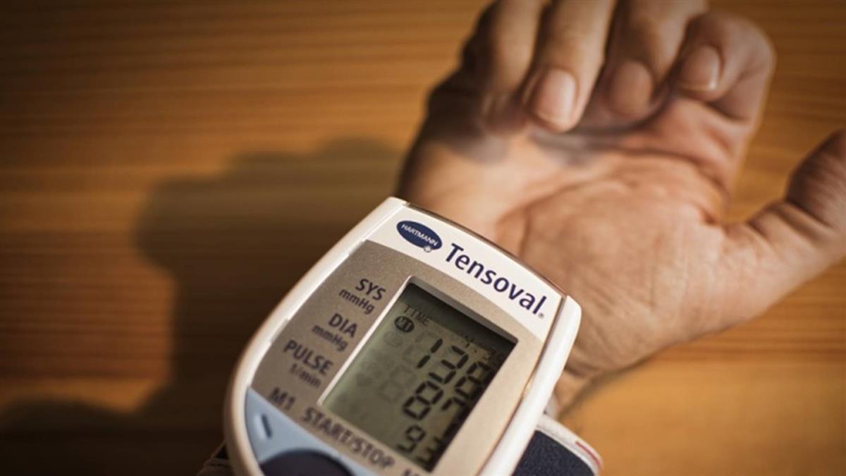 天冷高血壓易引心臟病 醫提醒早晚要量血壓