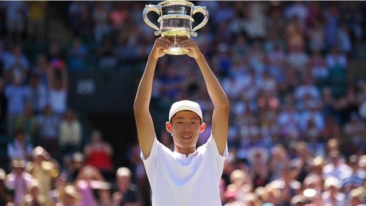 夜市球王為國爭光!曾俊欣獲ITF青少年男子世界冠軍