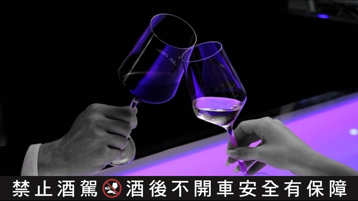 喝酒第一步驟是蓮花指?專家教你品大人味「陳年高粱」!