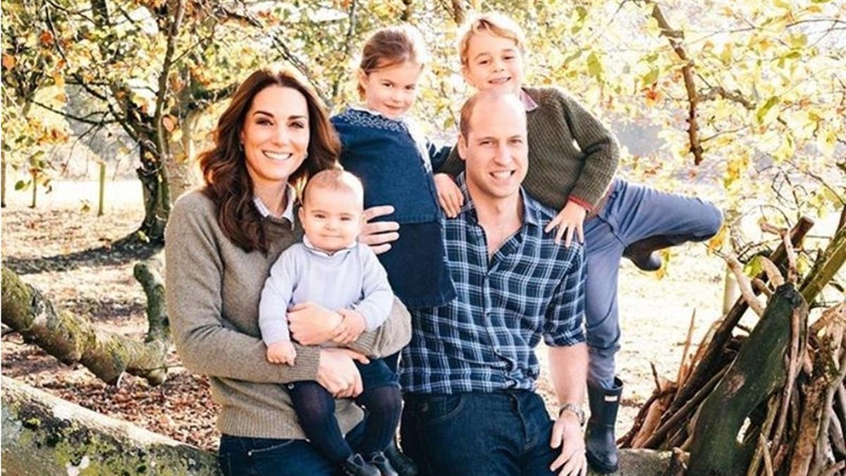 英王室耶誕卡 威廉王子一家5口幸福洋溢