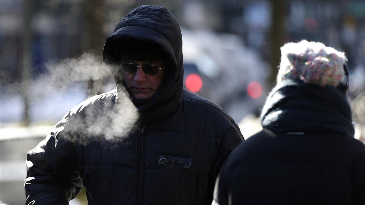 首波冷氣團明強襲!北台急凍3天「這天下探11度」