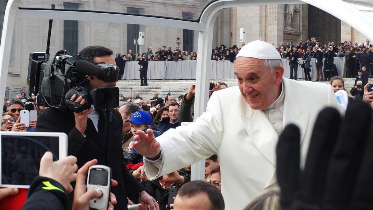 移民被貼負面標籤 教宗抱不平