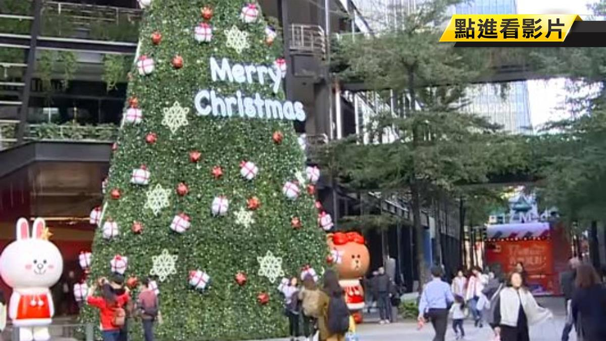 驚!聖誕打卡熱點 香榭大道出現台大偷拍狼