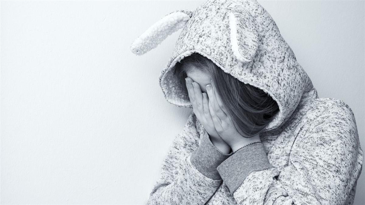 「不想回家」國小女童淚崩:姑丈弄破褲子!揭5年獸行