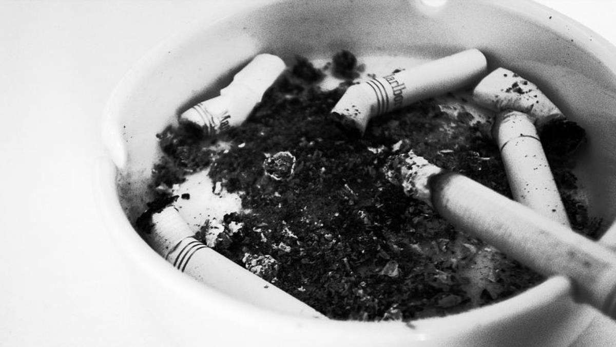 每12名高中生就有1人吸菸!父母應該這樣做