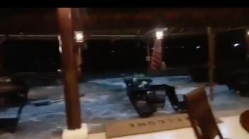 疑火山爆發!海嘯突襲擊印尼海峽 釀43死、584傷