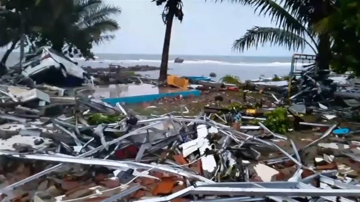 惡夢揮之不去 謠傳海嘯又來了!害印尼村民驚逃