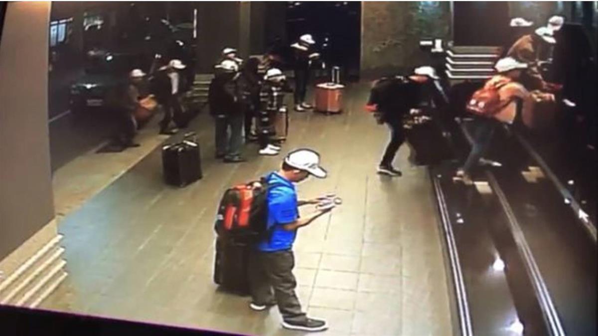 聯繫上越南組團社 逃脫越南客有買回程機票