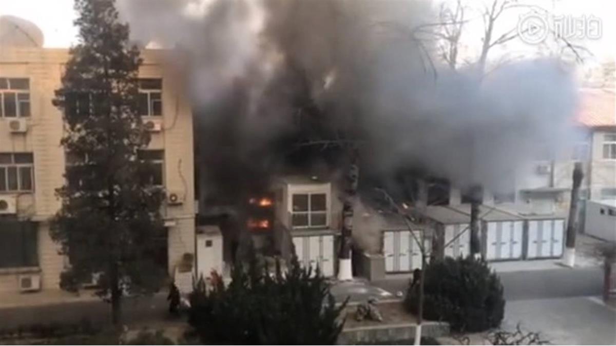 濃煙直竄天際!北京交大實驗室爆炸起火 釀3學生死亡
