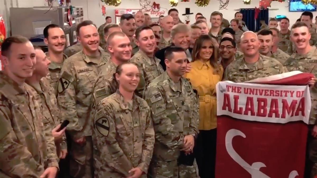推特靜悄悄 川普偕第一夫人突訪伊拉克