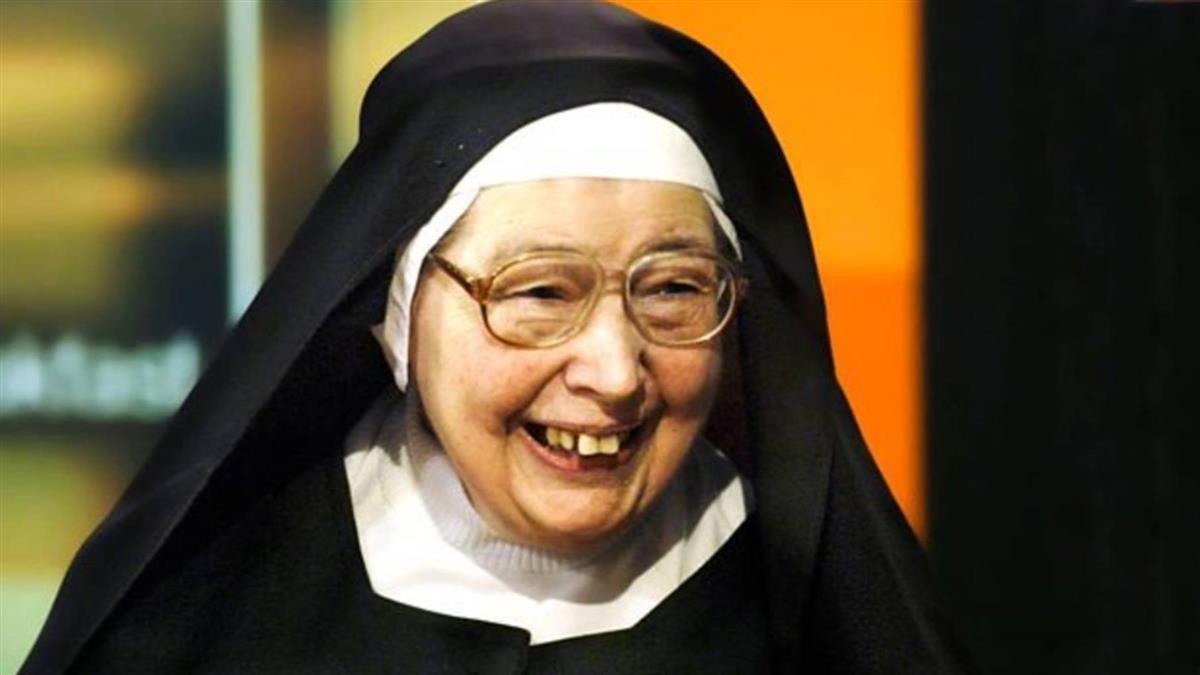 英知名主持人溫蒂貝克特修女辭世 享壽88