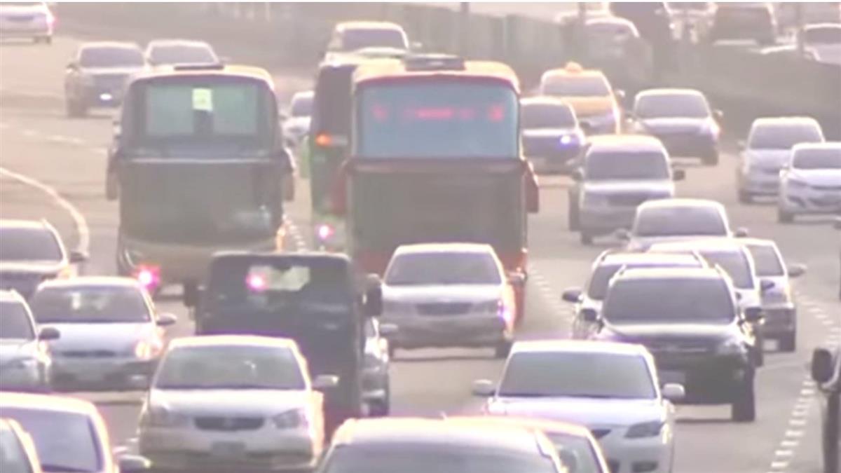 元旦連假國道哪裡車最多?高公局:南下這6路段最塞