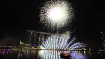 迎接2019年!新加坡濱海灣煙火秀超嗨