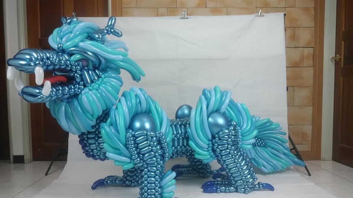 國三生20小時打造巨大「青色麒麟」5萬網友跪著看