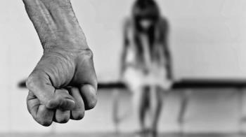 4歲女童校園玩耍…遭陌生阿北猥褻 外公在旁目睹氣炸