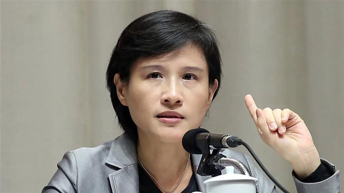 鄭麗君臉書宣布重回民間  離開政府團隊