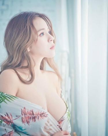 1天啪10次!H奶「凶版李毓芬」春宮直播自拍性愛片