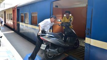 「火車託運機車」58年台鐵回憶掰…3/1即將走入歷史
