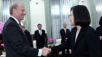 維持台灣民主不受威脅 總統:越怯弱霸凌者越囂張