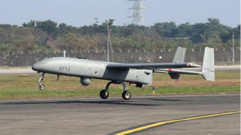 強化海域偵監能力 銳鳶無人機首度飛行展示