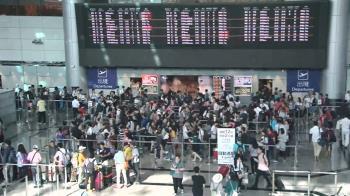 長榮又惹怨!旅客遇「這原因」滯倫敦2晚 3度出入境暴怒