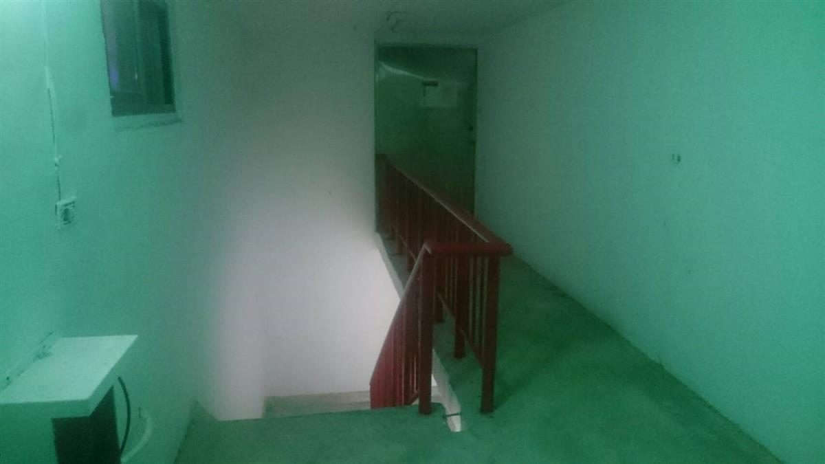 老翁17樓墜落成碎屍…北市咒怨大樓驚見鬼影 照片曝光